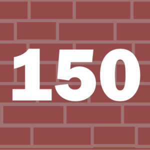 Liczba 150 na tle murku